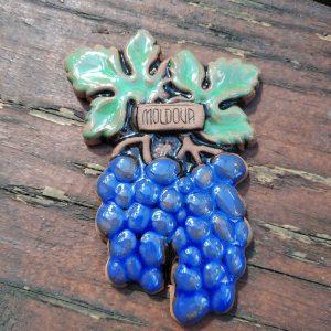 Pottery souvenir Blue grapes