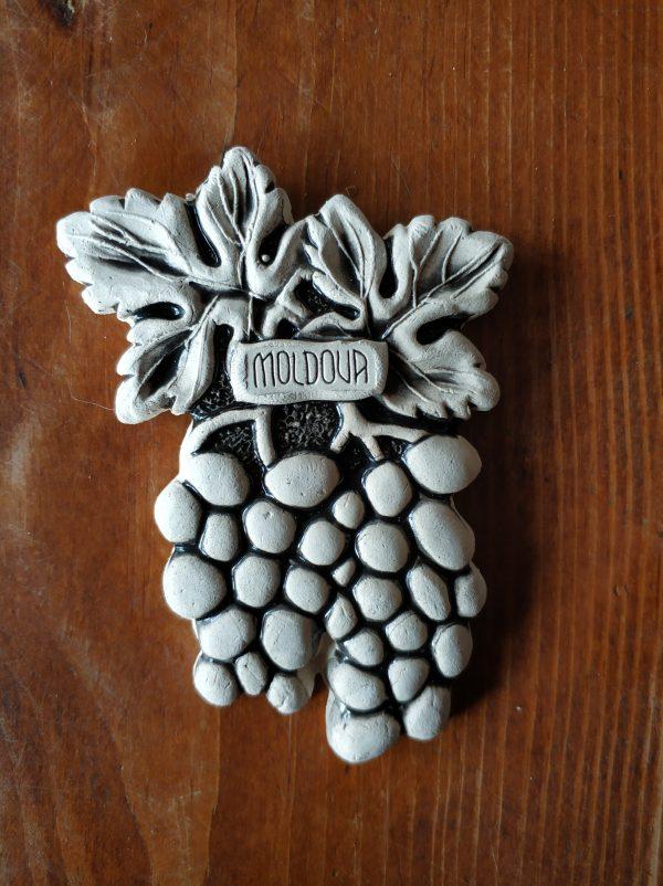 Pottery souvenir grape