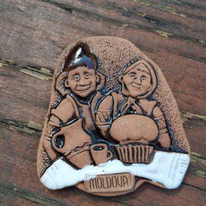 Pottery souvenir Happy couple