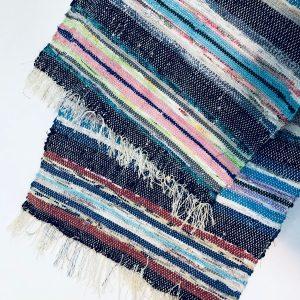Hand woven handmade rug